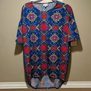 LulaRoe Shirt Irma NWT